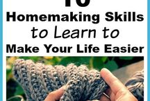 Homemaking Tips & Tricks / Tips and tricks for homemaking with a focus on natural cleaning an organizing tips.