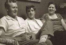 ELVIS AND HIS MOM AND DAD.