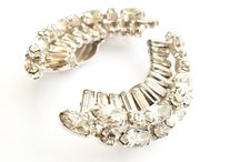 Wedding Jewelry / by Pinar Aral