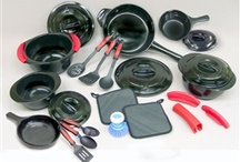 Products and Promotions / Check out some of our Xtrema by Ceramcor products and promotions.  Find deals on ceramic cookware and our newest products.  Whether your looking to cook, bake or serve--we have something for you!    Find a variety of cookware, bakeware, teaware,dinnerware, fridgez storage and even wooden accessories!  Our products are eco-friendly and green--perfect for any aspiring cook.  Xtrema cookware is 100% ceramic and can handle high heats, is toxin-free, and helps enhance foods natural flavors.