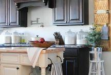 Kitchen / by Tammy Rousseau Allen