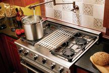 Kitchen stuff / by Sabrina Ruiz