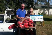 Paws Meals On Wheels / Providing Pet Food to area Food Banks and Individuals who have pets and are in need.