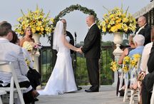 Alluring Ceremonies / Indoor, outdoor, casual, formal or multicultural – Celebrations has the experience and expertise to create a focal point for your ceremony. We even have a red carpet, perfect for that grand VIP entrance.