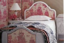TOILE & PATTERN LOVE