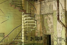 decor, staircases / by Frank Melgreen