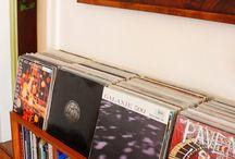 Förvaring av vinylskivor. / Olika lösningar för förvaring av LP-skivor.