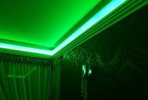 Decken mit LED Beleuchtung und Deckenleisten Stuck