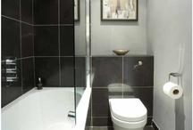Tiny bathroom / by Colleen Schoenike
