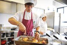 Operatore della Ristorazione / Immagini del settore ristorazione nei percorsi triennali di formazione per i giovani dopo la scuola media (IeFP) I corsi sono attivi a Dolo (Ve) - Conegliano (Tv) - Calalzo di Cadore (Bl) - Feltre (Bl) - Vicenza - Bassano del Grappa (Bl) -  Padova - Piazzola sul Brenta (Pd) - Legnago (Vr) - Rovigo