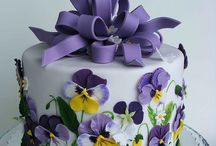 Cakes: Purple / by Bonnie Merchant