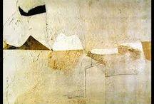 Personaggi Illustri / Alberto Burri (1915-1995) è l'artista italiano, insieme a Lucio Fontana, ad aver dato il maggior contributo italiano al panorama artistico internazionale di questo secondo dopoguerra.  Nato a Città di Castello in Umbria, segue gli studi di medicina e si laurea nel 1940. Tornato in Italia abbandona definitivamente la medicina per dedicarsi esclusivamente alla pittura.