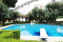 Casa Begius with communal swimming pool sorrento centre / More details on: http://www.holidaysup.com website  Casa Begius apartment, large size approx 80 s.qm, is located in a beautiful park with with access to communal nice swimming pool and tennis court. The apartment have a terrace/solarium with partial ocean and and Vesuvius mount view. Casa Begius is situated close to centre of Sorrento (Piazza Tasso) and close to all facilities...