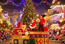 Disneyland Paris - Holidays / Ce cadou poate fi mai potrivit de sărbători decât o vizită în parcul de distracții Disneyland Paris?