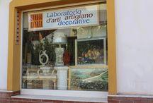 Studio Cadrea / Laboratorio di arti decorative. Ci trovate a Capoterra (CA)-in Via Grazia Deledda sn