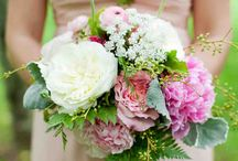 "Spring Wedding Bouquets / If you're saying ""I do"" in the months of April, May, or June, you're one lucky bride. Some of the most beautiful flowers bloom in the springtime. But don't take our word for it. Instead see for yourself with this roundup of favorite arrangements from seasonal celebrations."