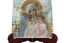 Blessed Virgin Mary - Catholic ceramic icons by TerryTiles2014 / Catholic ceramic icons dedicated to the Blessed Virgin Mary handmade in Italy by TerryTiles2014. A wonderful and very affordable religious gift idea for you or your loved ones.