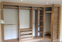 Oak-Finished Bespoke Bedroom Wardrobe