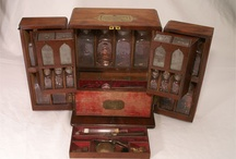Collections & cabinets