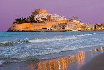 Las mejores playas de España / The best beaches in Spain / De norte a sur, Ociohoteles te descubre las playas de España más bonitas y más valoradas entre los amantes del mar, el verano y el sol.