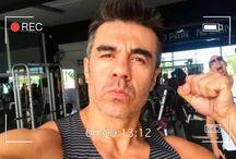 Adrián Uribe teme quedarse soltero ¡y se refugia en su dinero!
