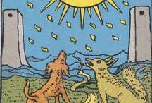 18 - The Moon tarot card