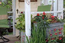 Farmhouse/Cottage  Gardening