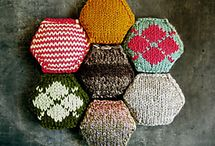 knitting - hexi puffs