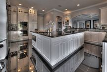 Beautifully Designed Kitchens