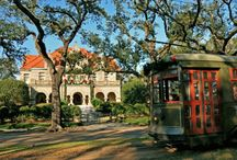Holidays in New Orleans / Recipes, projects and fun activities you can enjoy in the Big Easy for all your favorite holidays!