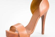 shoe / by Andranisa Diastari