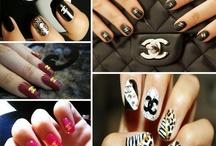 Nails  / by Laura Puncule