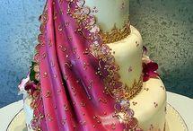 Saree Freak n Cakes