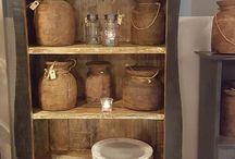 Kasten in alle stijlen / Woonwinkel Maurice Styling is gevestigd in Vries, Drenthe. Zeker de moeite waard om binnen te lopen om inspiratie op te doen maar ook om vakkundig interieur- en stylingadvies te krijgen op het gebied van verschillende woonstijlen en materialen, accessoires, kasten, meubels, verlichting, plaids en kussens. Kom voelen, laat u inspireren en verleiden.