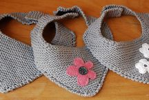 Knitted bibs