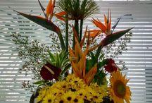Made by me. Arranjos florais com legInês e flores