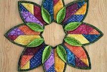 Fold & Stitch Wreaths