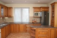Kuchnie drewniane / Drewniane meble kuchenne na wymiar. Solidne i trwałe.