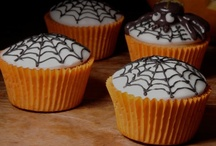 HALLOWEEN / Join is in pinning our favourite Halloween treats.