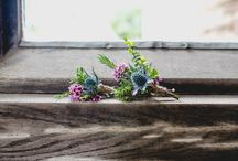 Wedding flowers, buttonholes and bouquets
