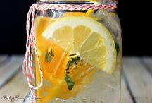 Drinks Detoxing / by Julie Mentgen