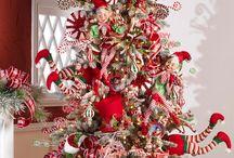 χριστουγενιατικα δέντρα