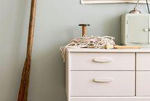 Kleuren interieur / Muur en meubels match