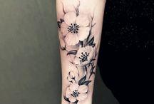 tatuaje flores sombra