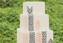 Feathers and arrows / Feathers and arrows are an increasingly popular trend in cake decorating - and it's not hard to see why! Here are some beautiful interpretations that we love.