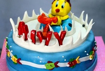 Tweety Cakes