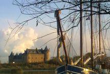 Haventjes en stadjes / Havens en stadjes in Noord Holland en Friesland waar onze schepen uitvaren.