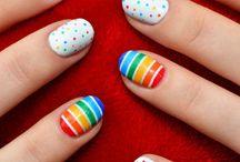 Nails cute.