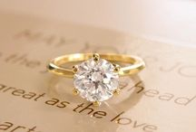 || yellow gold engagement rings ||