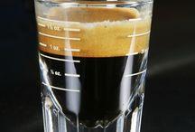 coffee is life / vidaecaffe assignment board